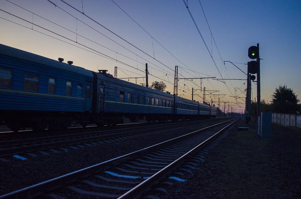 В Крыму мужчина попал под колеса электрички
