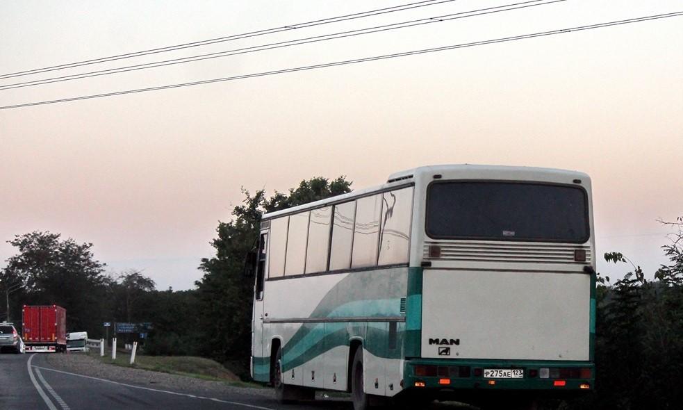 37 пассажиров эвакуировали из автобуса Донецк — Севастополь