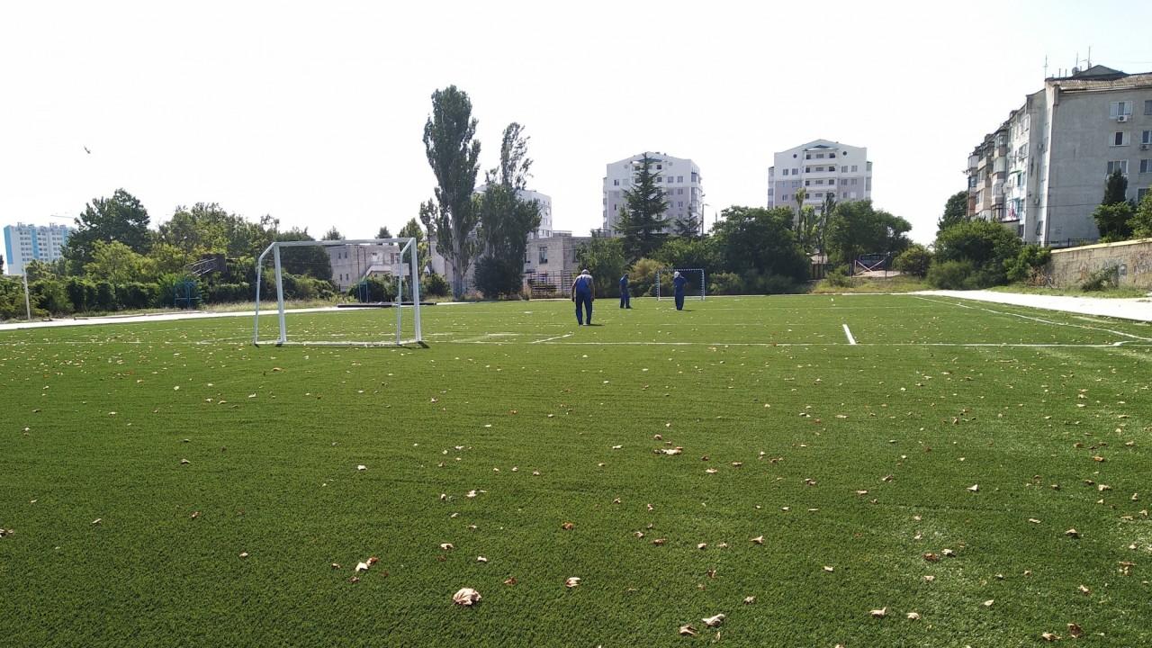 В этом году в Севастополе обновят 10 школьных спортивных площадок