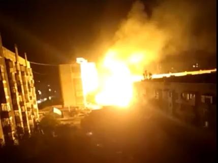 В Евпатории ночью взорвался автомобиль
