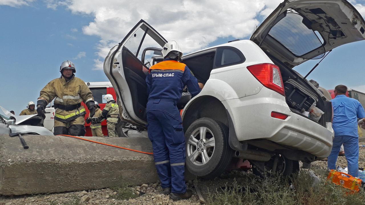 В ДТП на «Тавриде» один человек погиб, двое детей пострадали