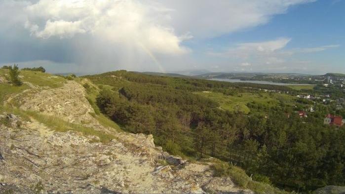 В Крыму при падении со скалы погибла женщина