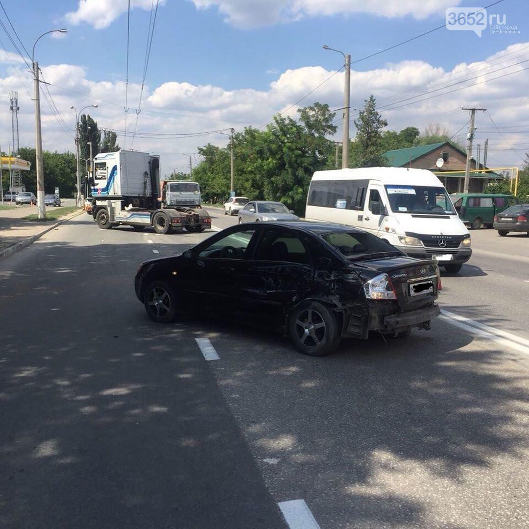 В ДТП в Симферополе пострадал четырехлетний ребенок