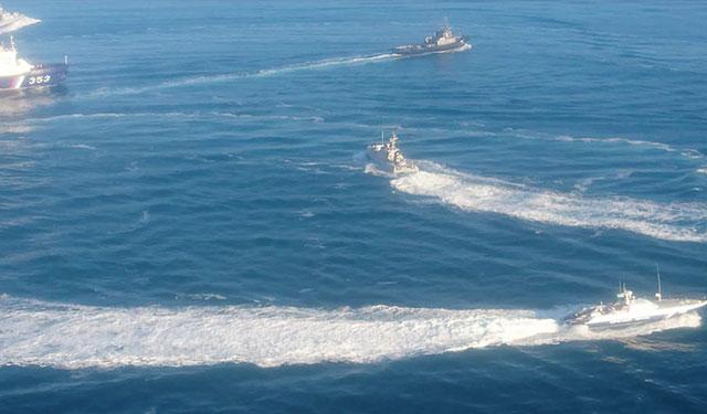 Задержанным в Керченском проливе украинским морякам предъявлено окончательное обвинение