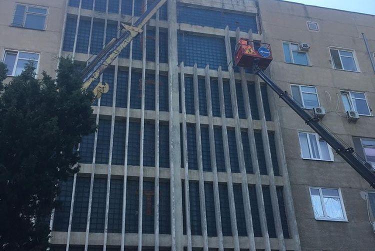 В пятой горбольнице детей расселят до начала демонтажа балконов — Развожаев