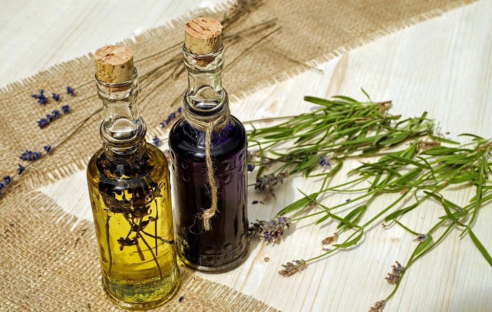 Ешь и худей: какие растительные масла помогут убрать жир на животе