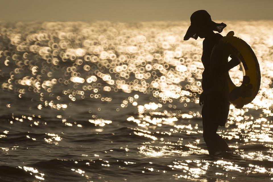 Эксперт рассказал, как выбрать безопасный пляж в Крыму