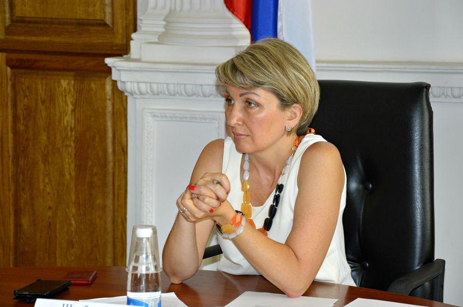 Севастопольский депутат унизила журналиста после вопроса о сыне-уклонисте