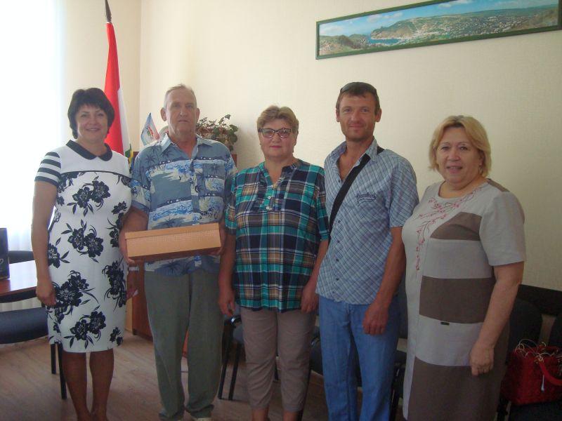 Татьяна Лобач поздравила трудовые династии БРУ с профессиональным праздником