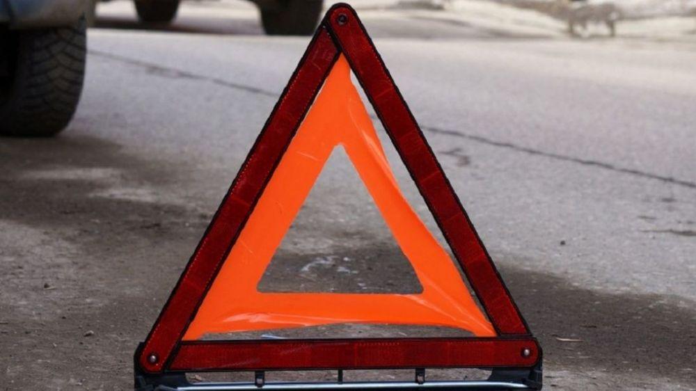 На крымской трассе столкнулись шесть автомобилей