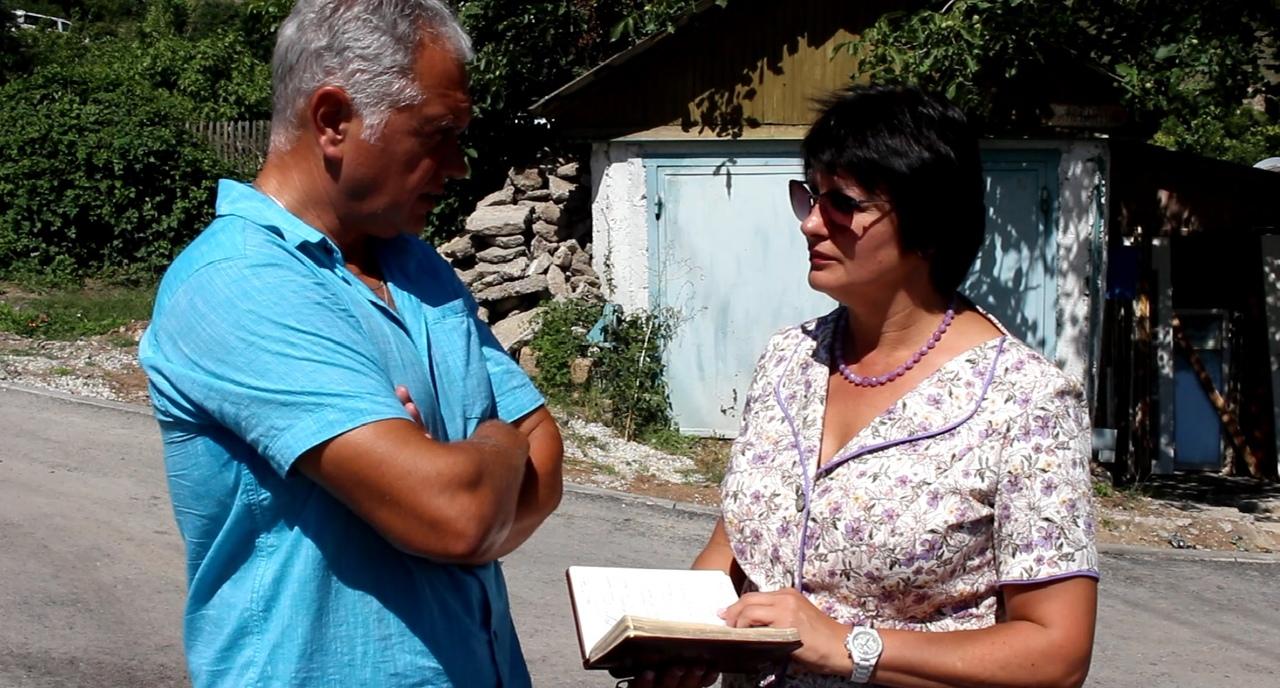 Татьяна Лобач решает проблемы «отрезанного» от цивилизации микрорайона Севастополя