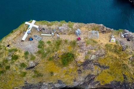Как выглядит установленный крест на скале у Фиолента
