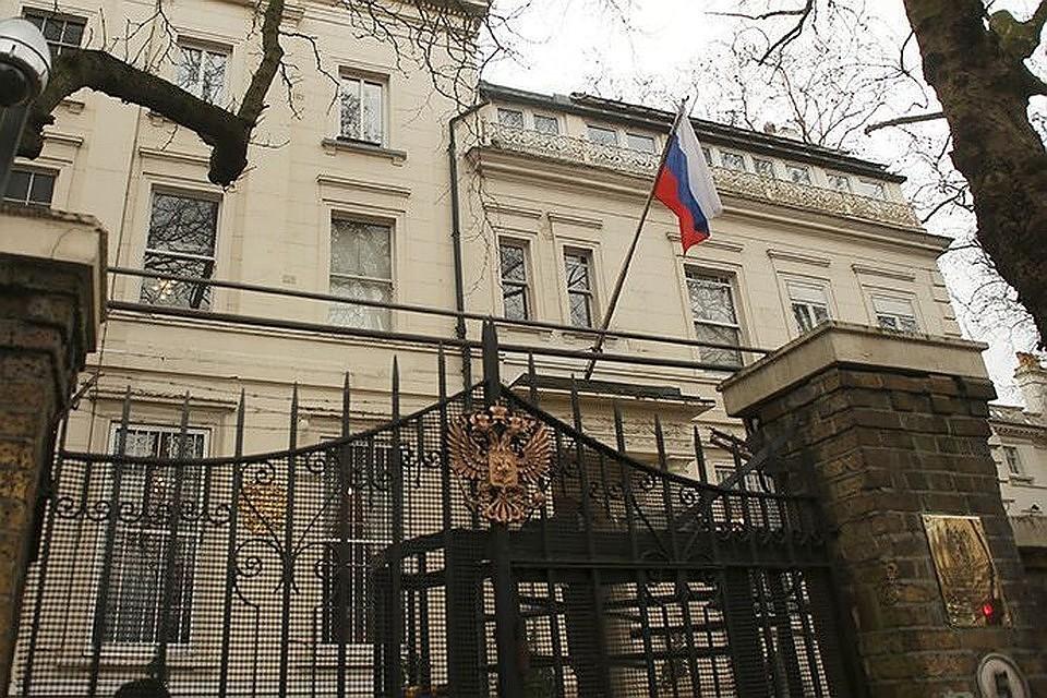 Российское посольство опубликовало карту с украинским Крымом
