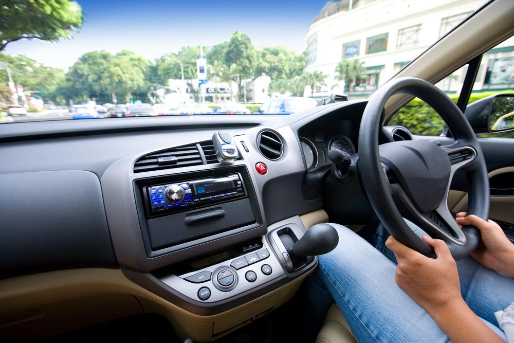 В России запретили праворульные автомобили