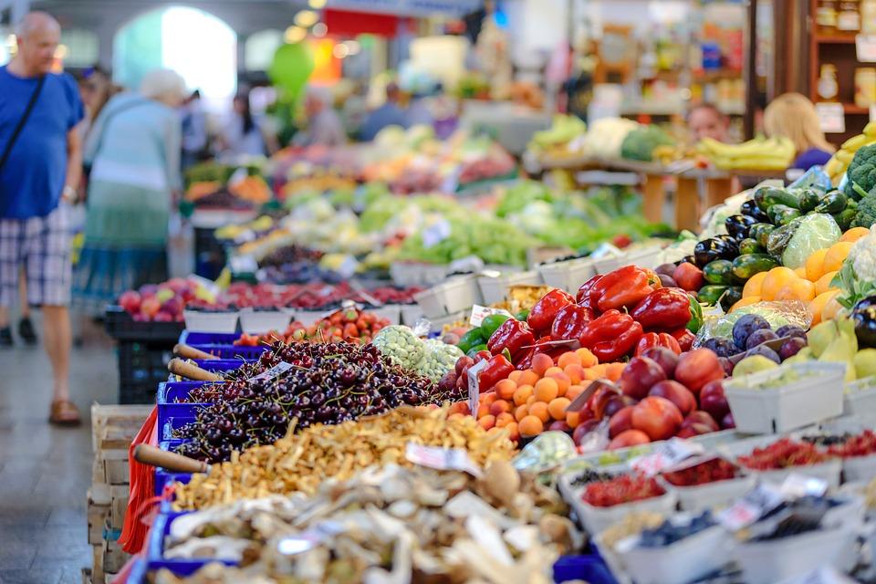 Куда можно пожаловаться не незаконную торговлю в Севастополе