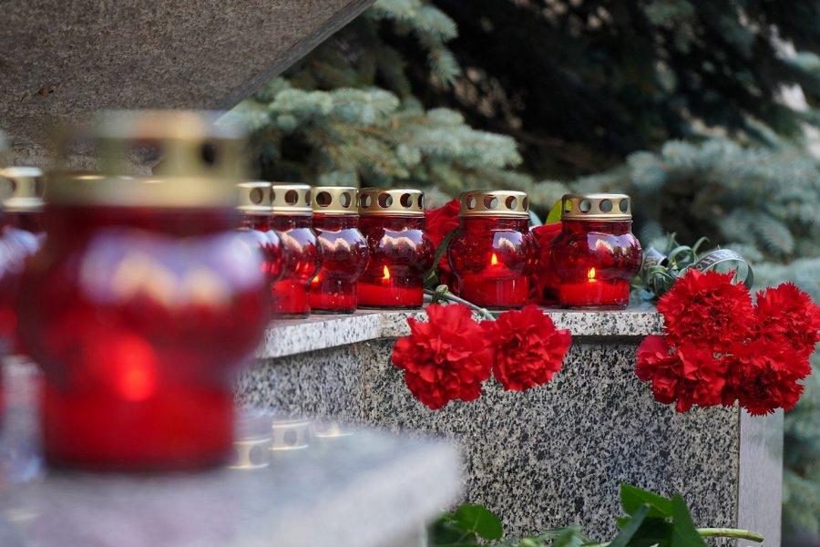 В Севастополе почтили память погибших моряков-подводников