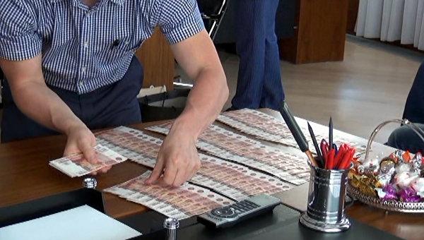 Чиновников из Ялты подозревают в вымогательстве взятки у предпринимателя