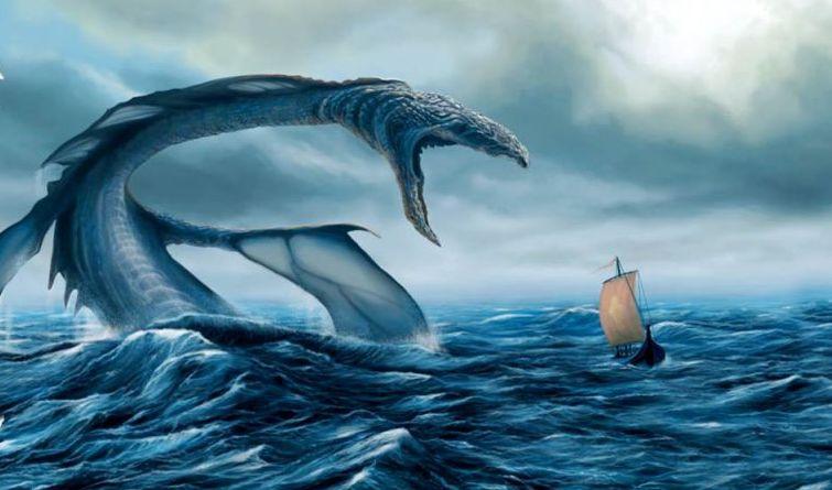Туристы рассказали, что подбили камнями в Крыму Карадагского морского змия