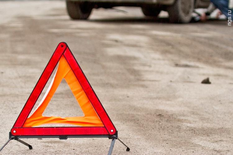 Выскочил на проезжую часть: в Крыму автомобиль сбил ребенка