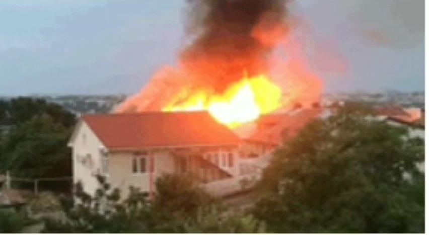 16 человек остались без крова из-за пожара в многоквартирном доме в Севастополе