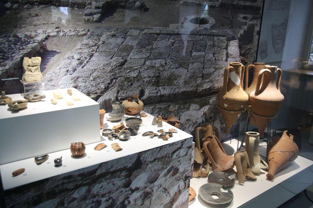 Бесплатные выставки, мастер-классы для детей: сегодня в Херсонесе отметят День археолога