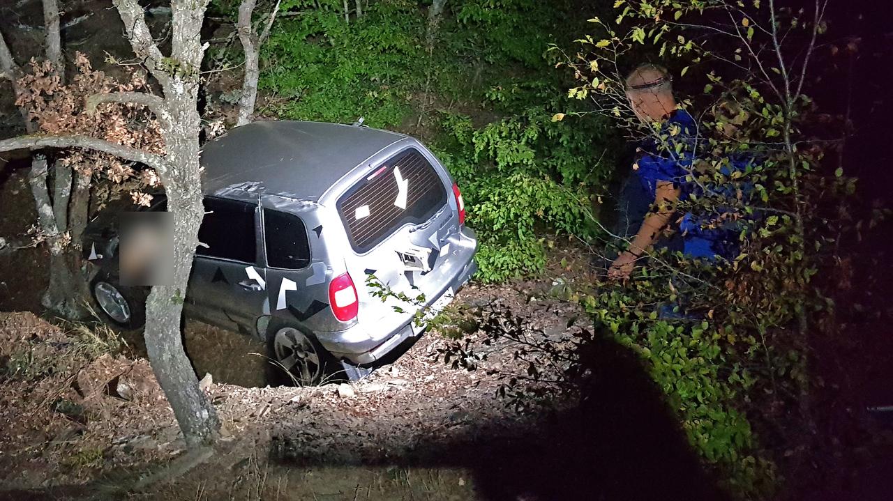 В Крыму внедорожник упал в ущелье: водитель не выжил