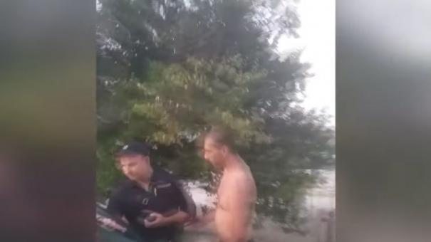 Возле пляжа в Севастополе жестоко избили семью с ребёнком
