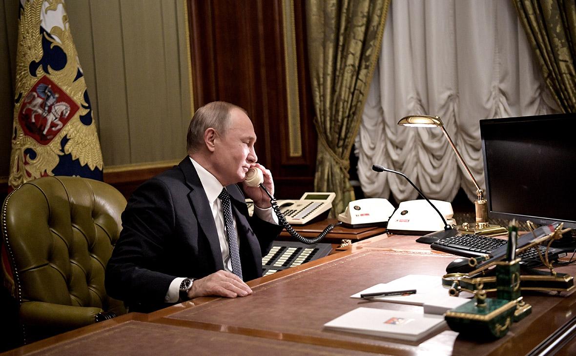 В Кремле раскрыли детали телефонного разговора Путина с Зеленским