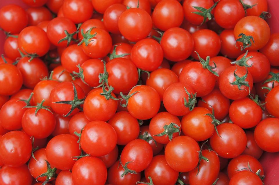 Крымский министр объяснил дороговизну местных томатов