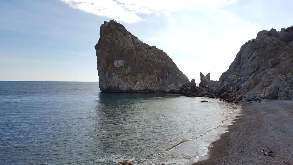 Крым вошел в ТОП-10 недорогих курортов России для отдыха с детьми в «бархатный сезон»