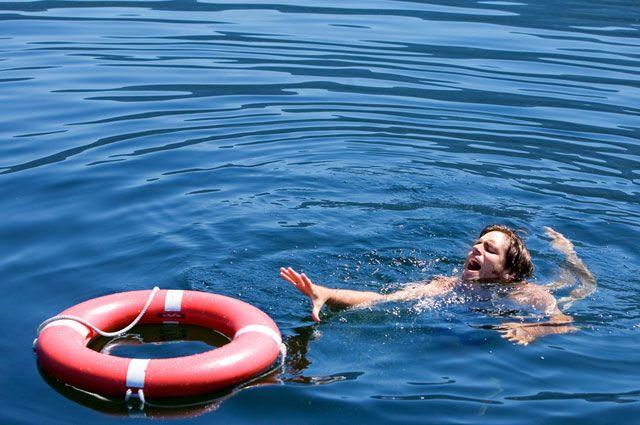 В Крыму мужчина попал в реанимацию после купания в море