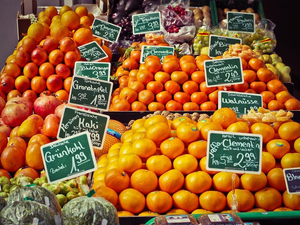 В Крым доставили первые партии фруктов из Сирии