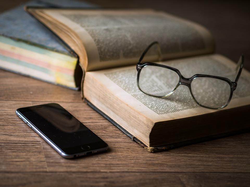 Ученые узнали, как смартфон влияет на продуктивность работы мозга