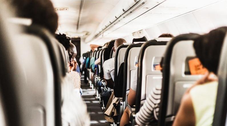 Пассажира рейса Симферополь-Петербург задержали за демонстрирование своих половых органов
