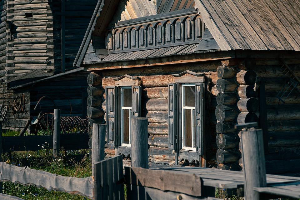 Для чего Капстрой Севастополя покупает квартиры в селах?