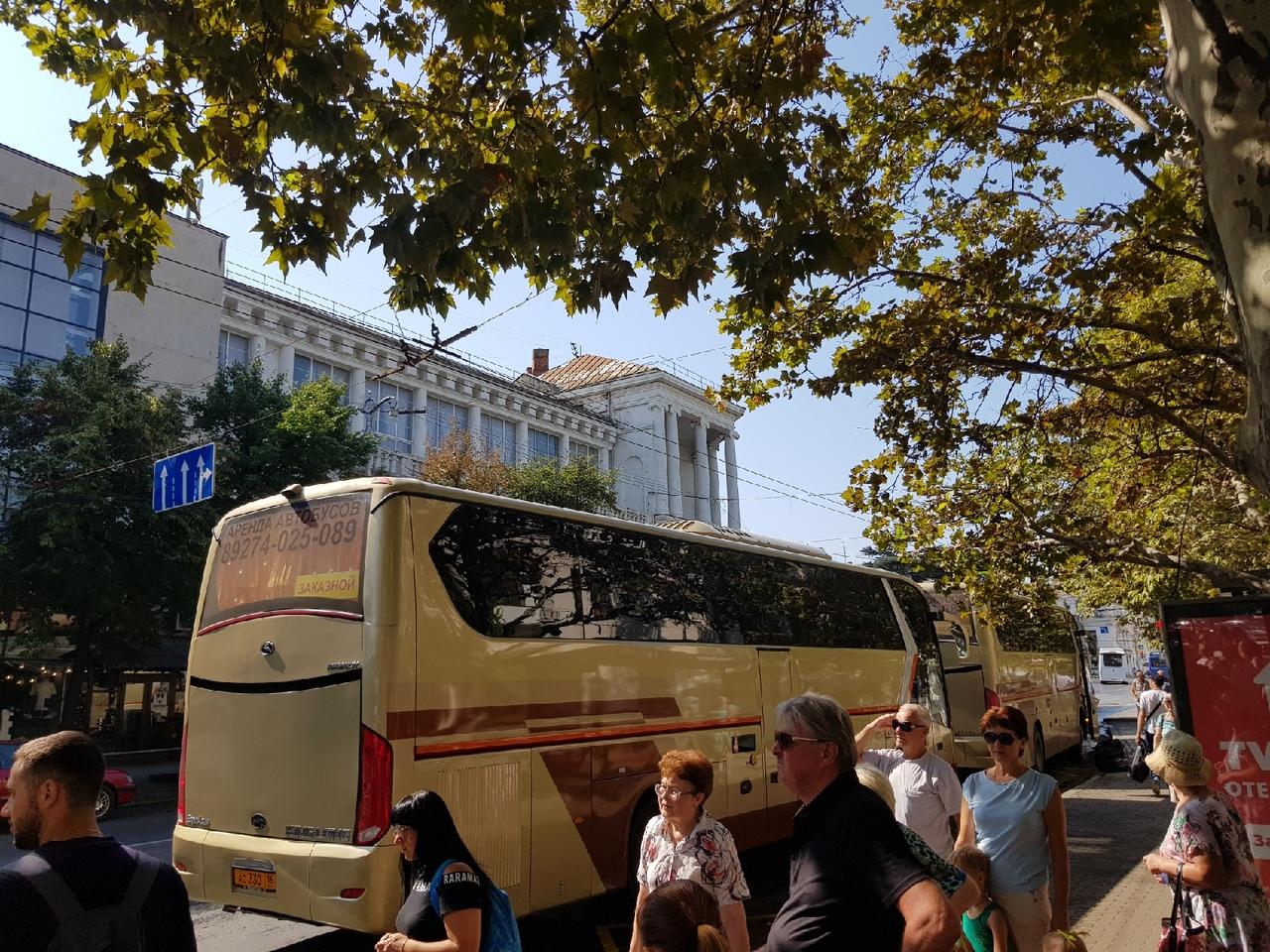 «Настоящий транспортный коллапс»: в центре Севастополя парализовало движение общественного транспорта