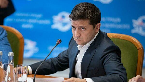 Зеленский заявил, что обсудил с Трампом вопрос Крыма