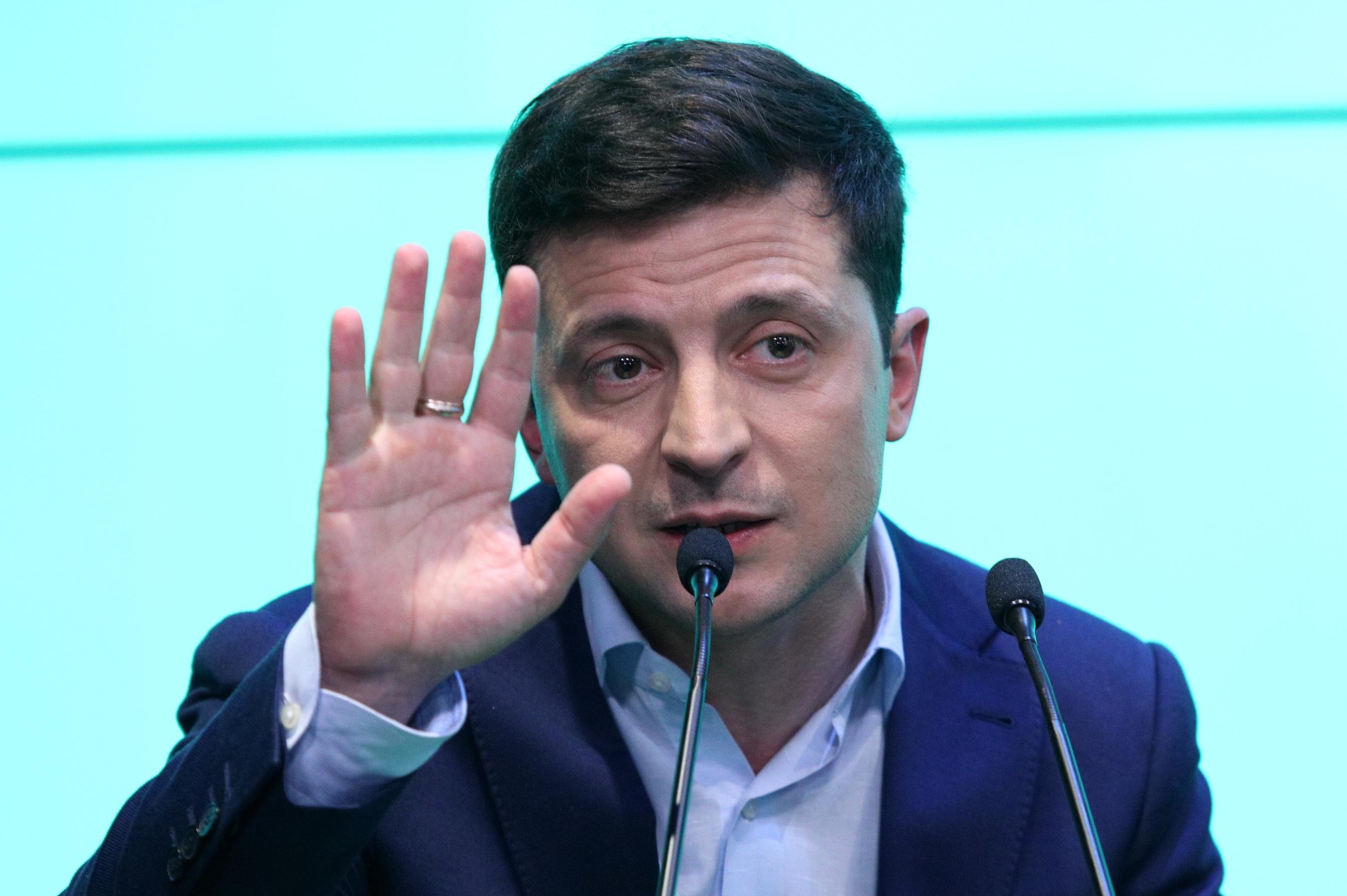 Мы будем бороться: Зеленский сделал заявление по Крыму
