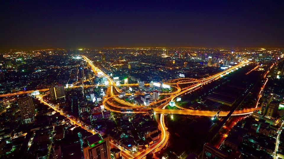 Назван самый посещаемый туристами город мира