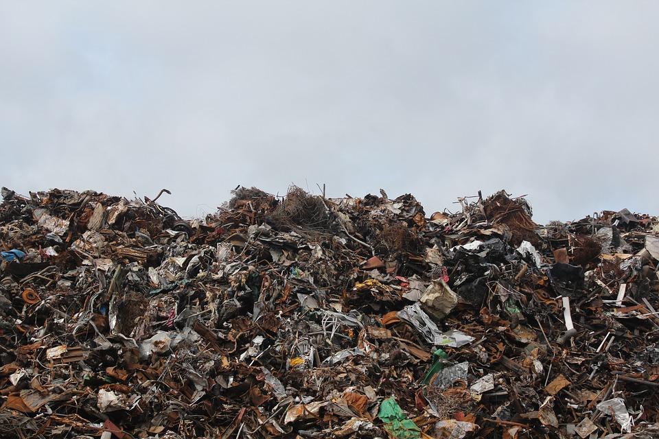Севастополь стал лидером по количеству мусора на одного человека по стране