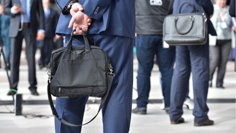 Минфин анонсировал масштабное сокращение госслужащих в России