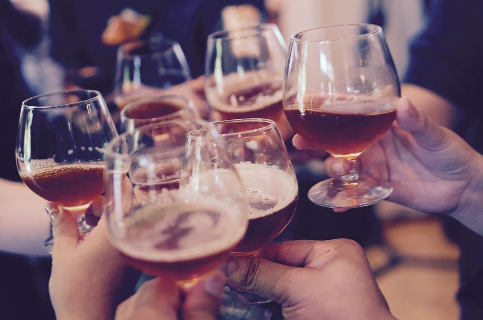 В Минздраве рассказали, сколько алкоголя можно выпивать ежедневно