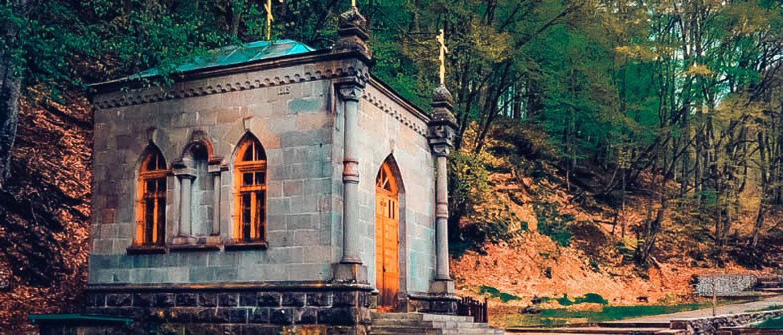 В Крыму загорелся мужской монастырь