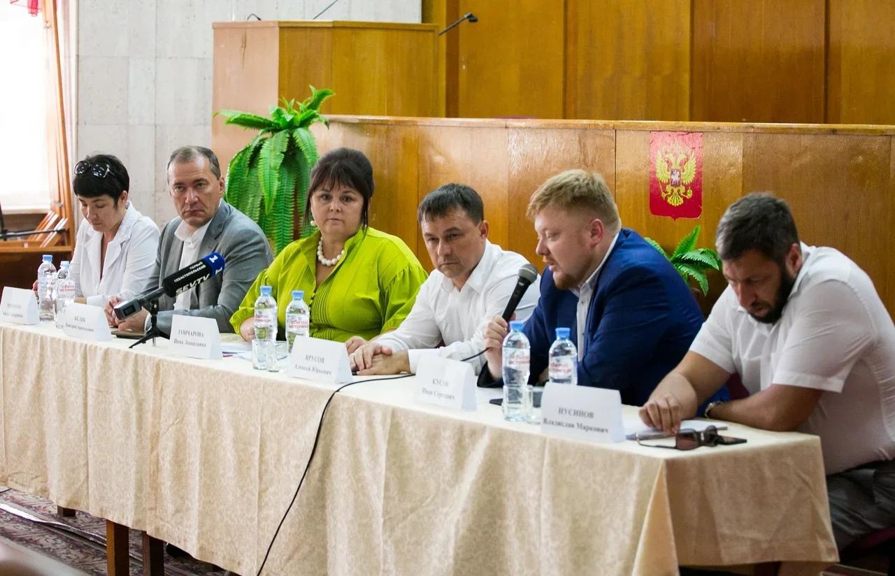 В Гагаринском районе провели общественные слушания по вопросам медицины