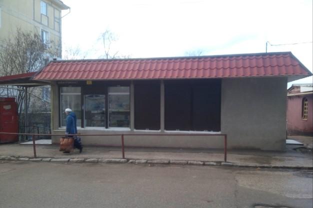 «Воскресшие» ларьки появляются в Севастополе по ночам