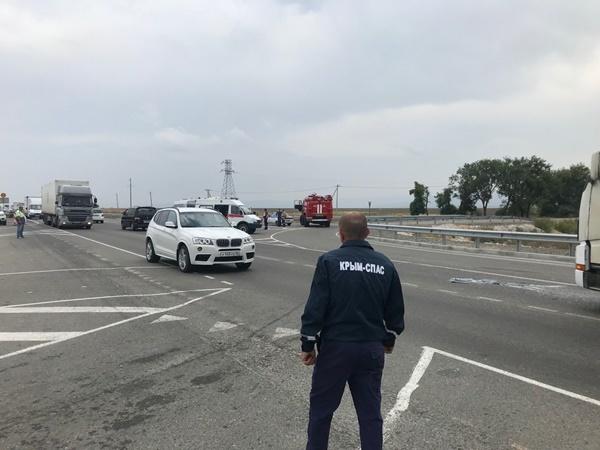 На трассе «Таврида» произошло тройное ДТП