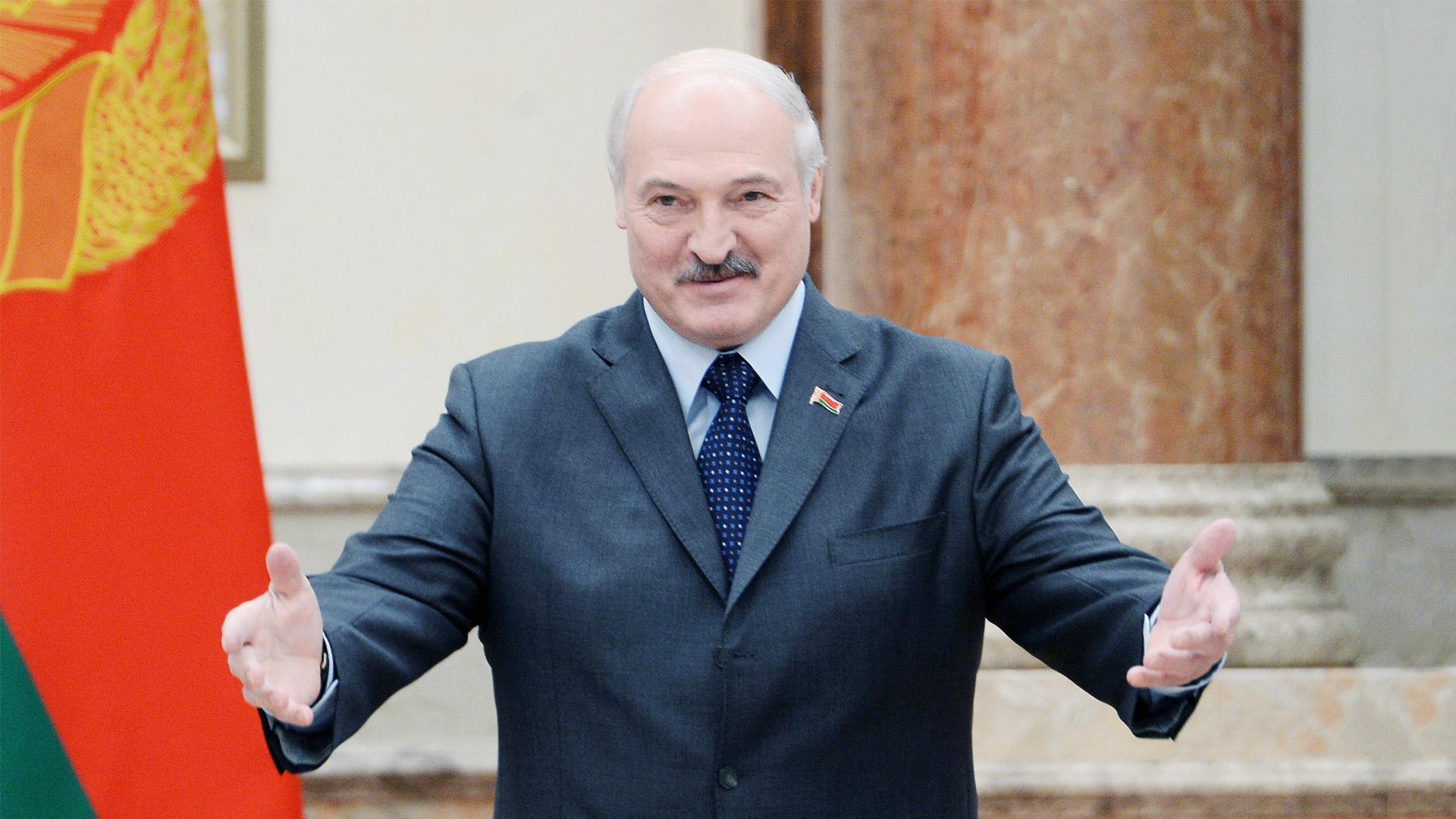 Лукашенко пригласили с ознакомительным визитом в Крым