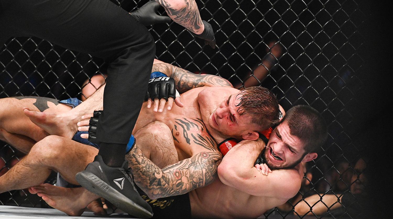 Хабиб победил американца Порье и защитил чемпионский пояс UFC