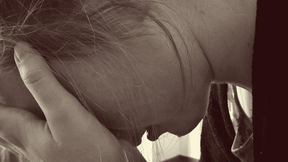 Караулит девочек, напал на школьницу: в крымском поселке задержали потенциального педофила