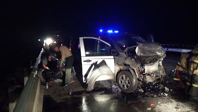 В жутком лобовом ДТП на Тавриде погиб водитель без удостоверения, шестеро пострадали